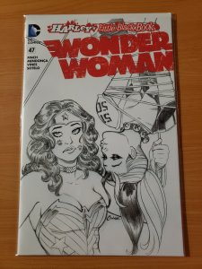 A CUTE Wonder Woman #47 Harley Quinn Kissing Black & White Variant