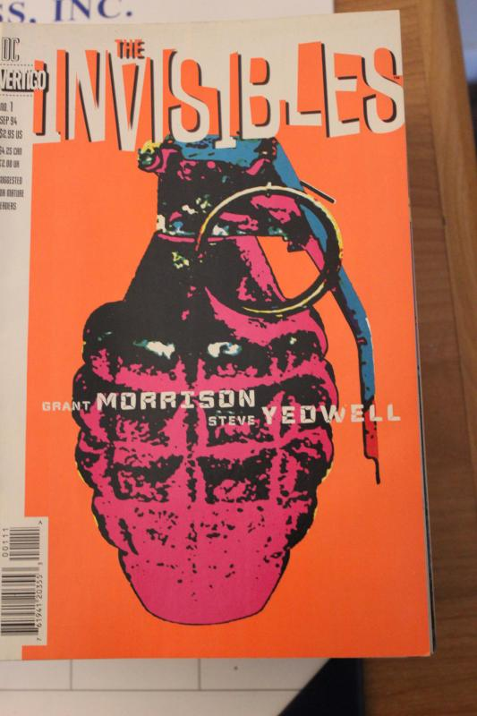 The Invisibles  #1 9-0-vf-nm