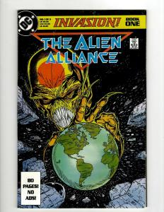 10 Comics Invasion 1 2 3 Predator 1 2 JL Europe 25 26 27 28 Annual 1 J404