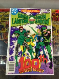 Green Lantern Green Arrow 100 VF-/VF 1st App. Airwave, Master-Tek  Mike Grell