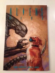 Aliens Hive Near Mint Tpb Prosser Jones 1st Print