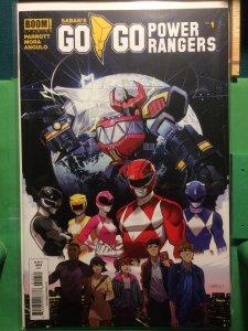 Saban's Go Go Power Rangers #1