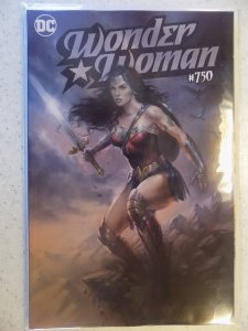 WONDER WOMAN # 750 LUCIO PARRILLO COVER AWESOME ART VARIANT