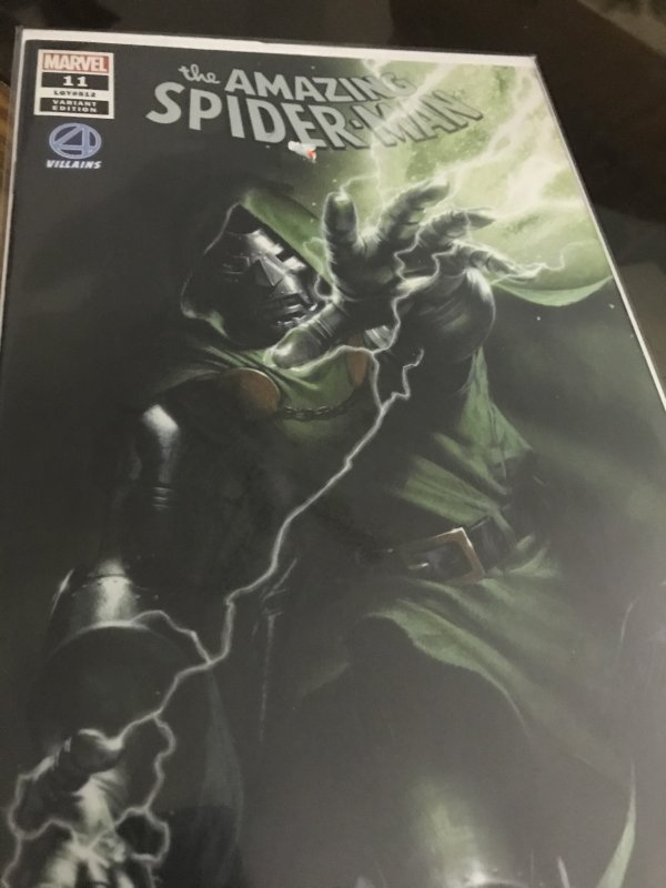 Marvel The Amazing Spider-Man #11 Variant Mint