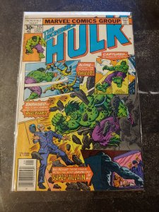 THE INCREDIBLE HULK #215