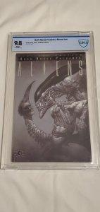 Dark Horse Presents Aliens - CBCS 9.8 - Platinum Variant