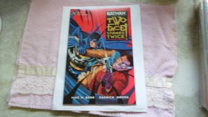 1993 DC COMIC BOOK2 PART 2 BATMAN TWO FACE STRIKES TWICE