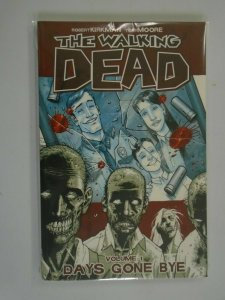 Walking Dead TPB #1 Days Gone Bye 8.0 VF (2004 1st Printing)