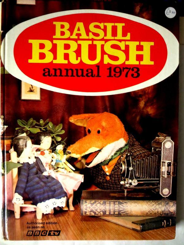 Basil Brush - 3 British Annuals UK HB VG\+ puppet fox tv show 1973 1979 1980