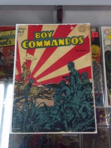 Boy Commando's 9 Simon Kirby War cover DC Golden age 1945 2.5
