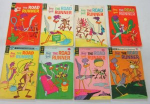 Road Runner lot 32 different books (mostly Bronze Age)