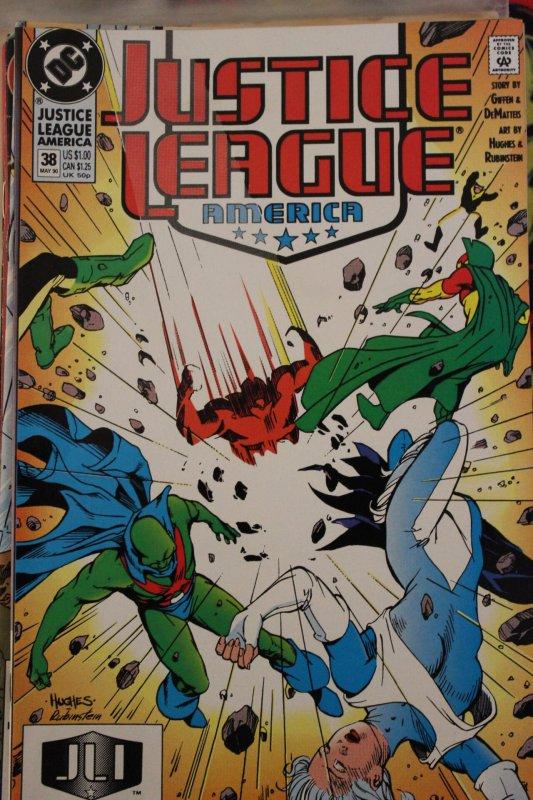 Justice League America  38 VF/NM