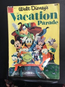 Walt Disney's Vacation Parade #5 (1954) his grade Donald duck giant size...