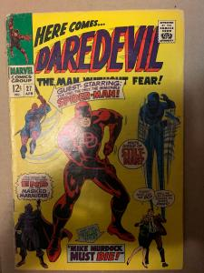 Daredevil (1964) 27 VG+ (4.5)  Spider-man Appearance