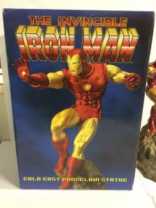 The Invicible Iron Man Cold Cast Porcelain Statue Lucky Group 174/1000