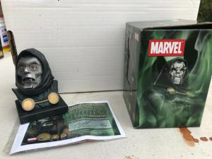 DR DOOM HEAD Mini BUST DYNAMIC FORCES MARVEL BY ALEX ROSS 890/5000