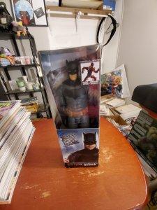 DC JUSTICE LEAGUE BATMAN POSABLE FIGURE
