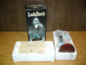 Lady Death Collectors Diamond Edition Sculpture statue box w/COA (AP 257 of 300)