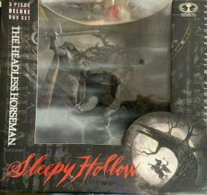 SLEEPY HOLLOW- HEADLESS HORSEMAN 3 PIECE ACTION FIGURE McFarlane toys MIB