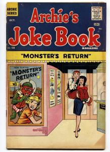 Archie's Joke Book #58 Horror Movie theater Gag cover-Veronica