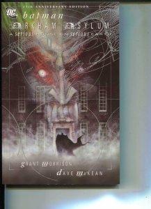 Batman: Arkham Asylum-Grant Morrison-Dave McKean-TPB- trade