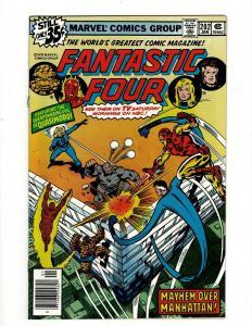 Lot of 8 Fantastic Four Marvel Comic Books #202 203 204 205 206 207 208 209 GK18