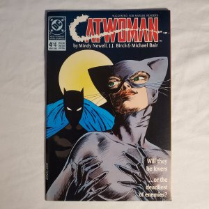 Catwoman 4 Very Fine-