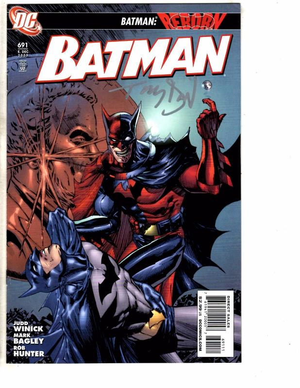 3 Batman DC Comics # 691 692 693 NM 1st Print ALL Signed By Tony Daniel J200