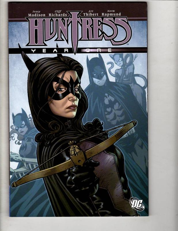 Huntress Year One DC Comics Graphic Novel TPB Comic Book Batman Gotham J304