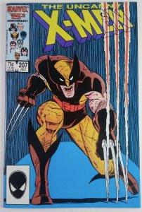 The Uncanny X-Men #207 - CLASSIC WOLVERINE COVER - NM - Marvel Comics 1986