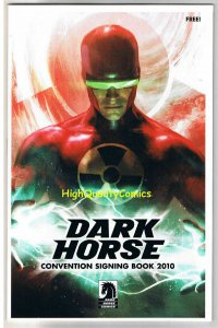 DARK HORSE CONVENTION Signing Book, Preview, NM, 2010, Sin City, Star Wars, AvP