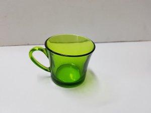 Vaso o taza de cristal color naranja con asa