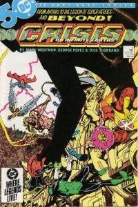 Crisis on Infinite Earths #2, VF+ (Stock photo)