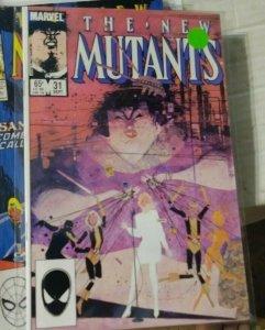 NEW MUTANTS  # 31 1985 marvel  karma escapes,sunspot magma gladiators xmen