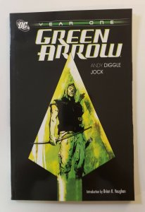 GREEN ARROW YEAR ONE TPB SOFT COVER NM DC COMICS