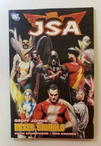 JSA VOL.11: MIXED SIGNALS TPB SOFT COVER FIRST PRINT DC COMICS VF/NM