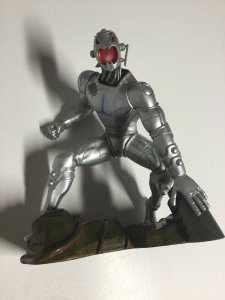Ultron Diamond Select Toys Statue 2003 No Box Partly Broken Marvel