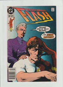 Flash #37 FN+ 6.5 HTF Newsstand Variant!!