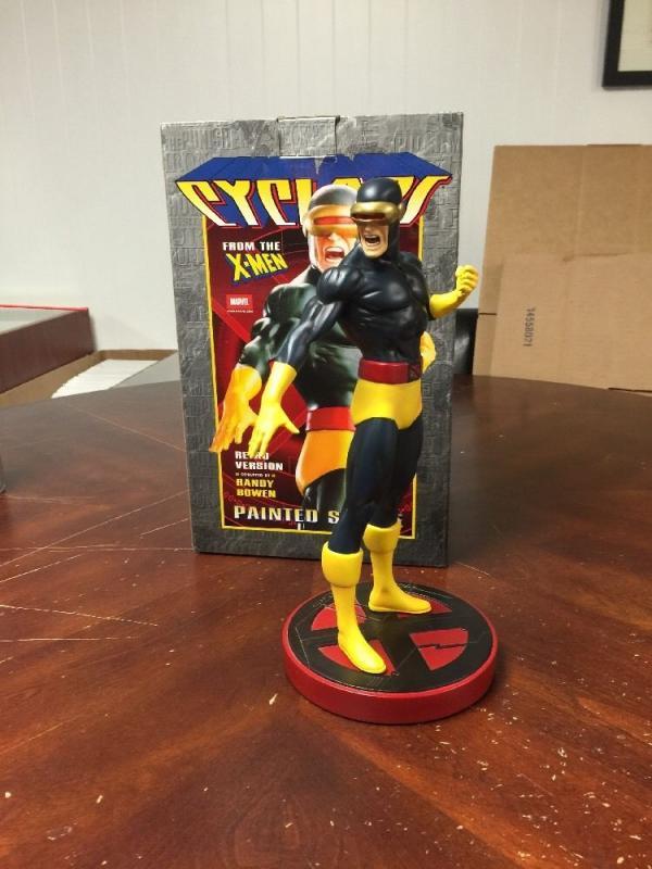 Cyclops Retro Bowen Statue Film Size 1832/2000 Mint With Pristine Box