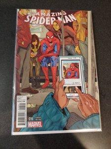 Amazing Spider-Man #16 Variant Edition Marvel Comics