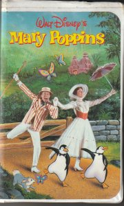 Walt Disney's Mary Poppins VHS   Oscar Winning Film !