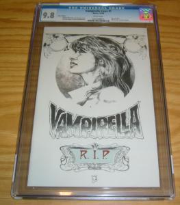 Vampirella Lives #1 CGC 9.8 linen variant - joe quesada - warren ellis - conner