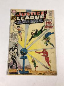 Justice League Of America 12 3.0 Gd/vg Good / Very Good 1st Dr. Light Dc Silver