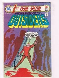 Outsiders #10 VG DC Comics 1st Issue Special Comic Book Jan 1976 DE37 TW7