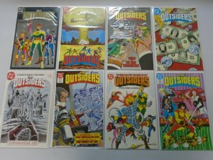 Outsiders set #1-28 + Annual and Special 30 different issues 8.0 VF (1985-88 1st