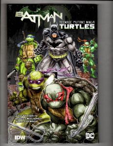 Batman Teenage Mutant Ninja Turtles DC / IDW Comics HARDCOVER SEALED Book J307