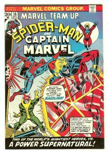 Marvel Team-Up 16   Spiderman & Captain Marvel