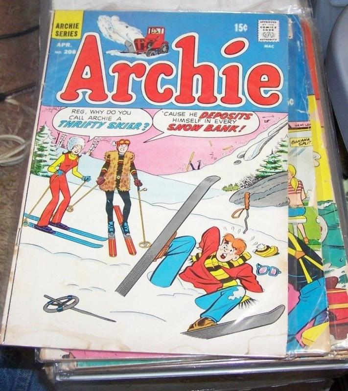 Archie #208 (Apr 1971, Archie) betty beronica reggie +