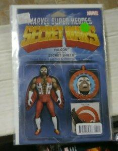 secret wars # 5 2015 marvel christopher variant falcon and his secret shield