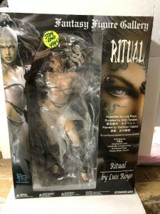 RITUAL by Luis Royo! Yamamoto USA! Fantasy Figure Gallery Shin Tanabe sculptor